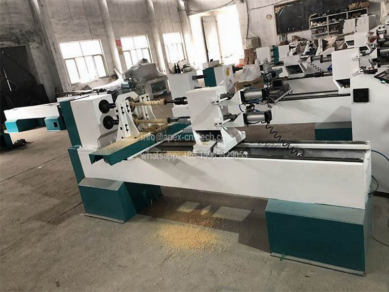 1516 New Design Automatic Spindle Carving CNC Wood Lathe Machine at Low Price