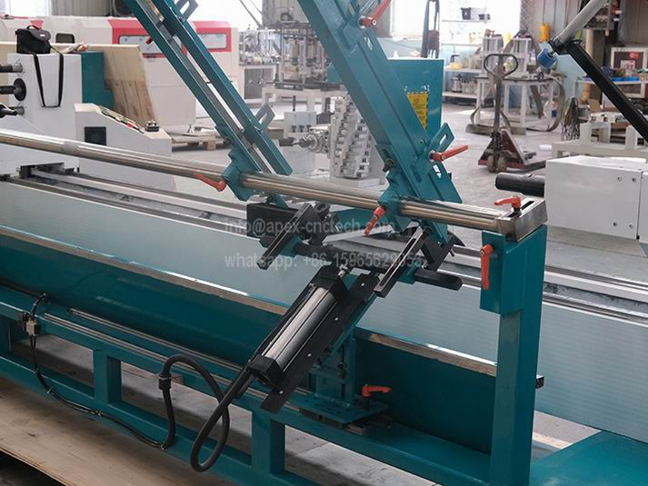 1530-3Axis Multi-Function CNC Wood Lathe with Auto tool Changer System